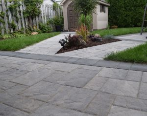 pave uni landscaping ideas